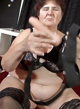 Bbw grannies are going to bed